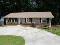 View 4053 Green Oak Dr Doraville GA